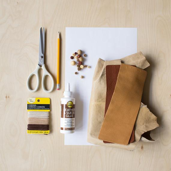 david_stark_design_leather_ornament_supplies.jpg (skyword:372617)