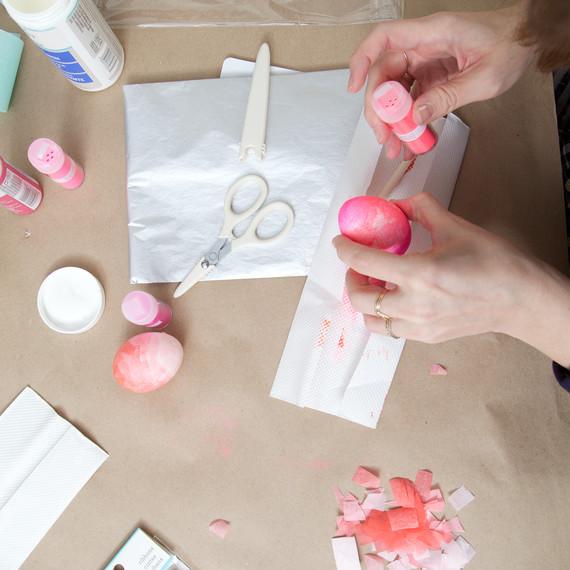 easter-eggs-decorating-0191-d111882.jpg