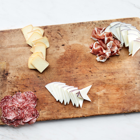 A Summer Grazing Board Is the Ultimate Snacking Experience