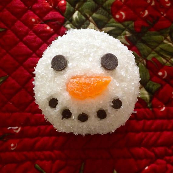 realitybites-snowman-cupcake-9-1214.jpg