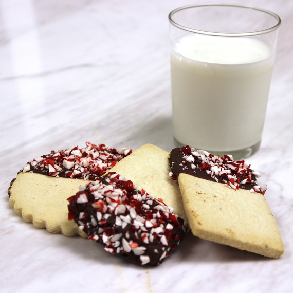 shortbread-peppermintchoc-milk-0915.jpg (skyword:188707)