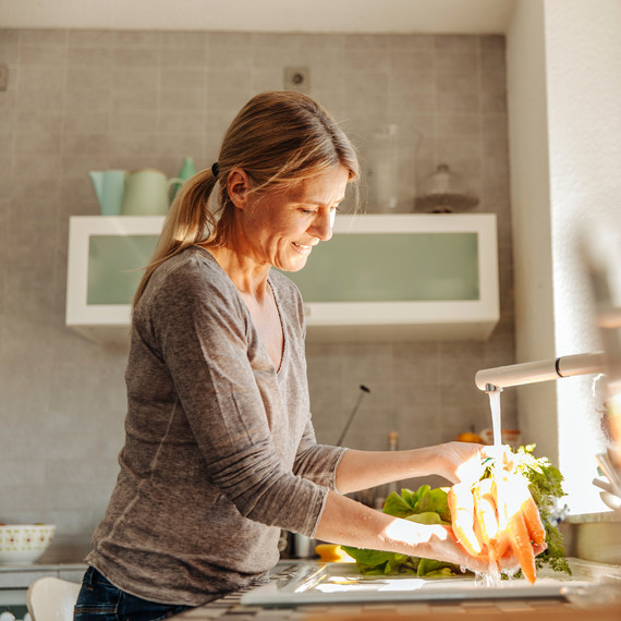Five Ways to Make Your Diet and Kitchen More Eco-Friendly at the Same Time
