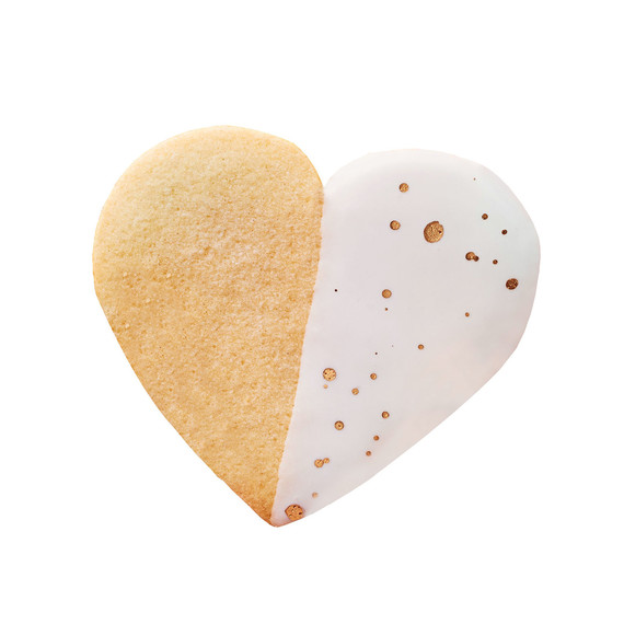 dipped heart sugar cookie