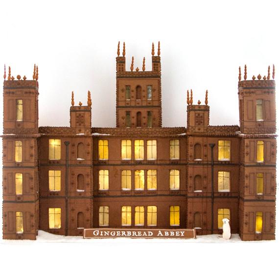 downton-abbey-gingerbread-house-7601.jpg