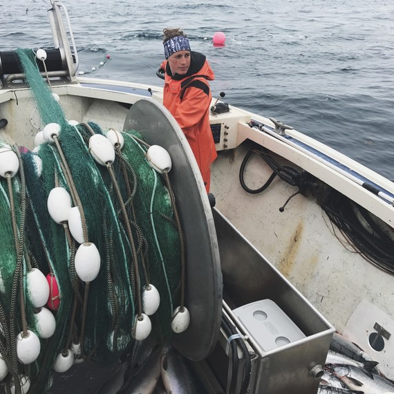 fisherwoman boat salmon drifters fish