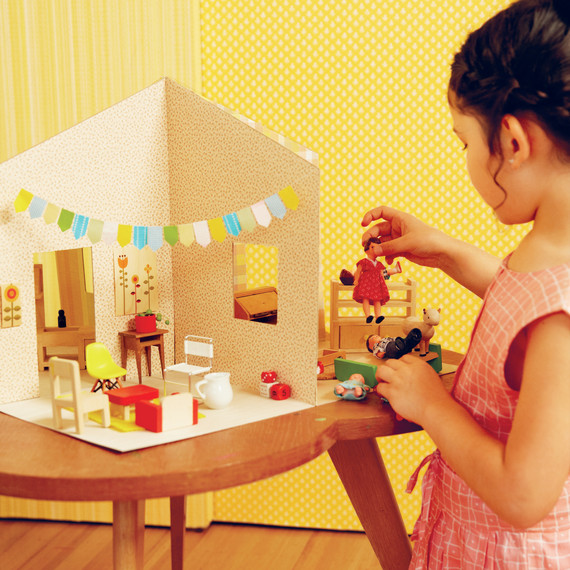 How To Make A Chic Paper Dollhouse Martha Stewart