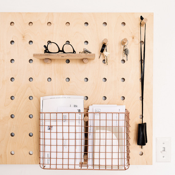 remodelista-peg-board-organizer-1217