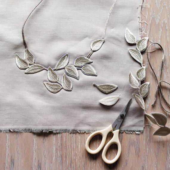 silver-necklace-opener-038-mld109761.jpg