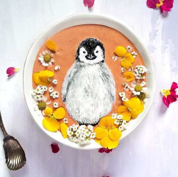 smoothie-bowl-art-penguin