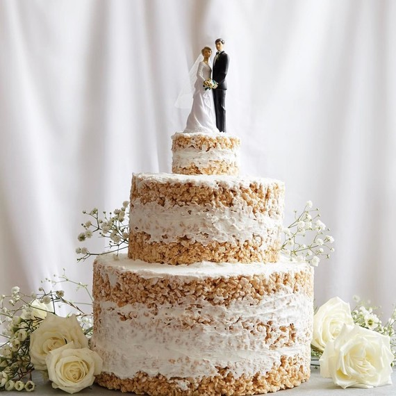 crispy-rice-wedding-cake