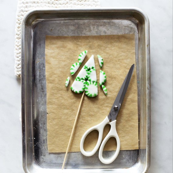 tree-pop-how-to-2-candy-aisle-crafts
