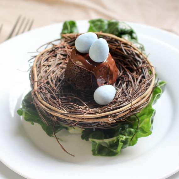 easter-place-setting-birds-nest2-0316.jpg (skyword:233990)