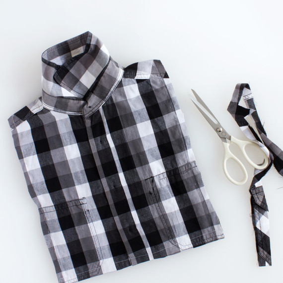 fathers-day-shirt-tie-giftwrap-step-2.jpg