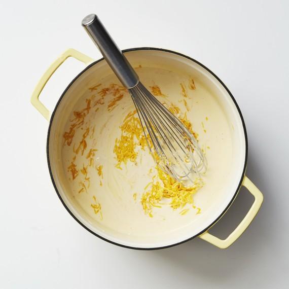 cheese sauce pot whisk
