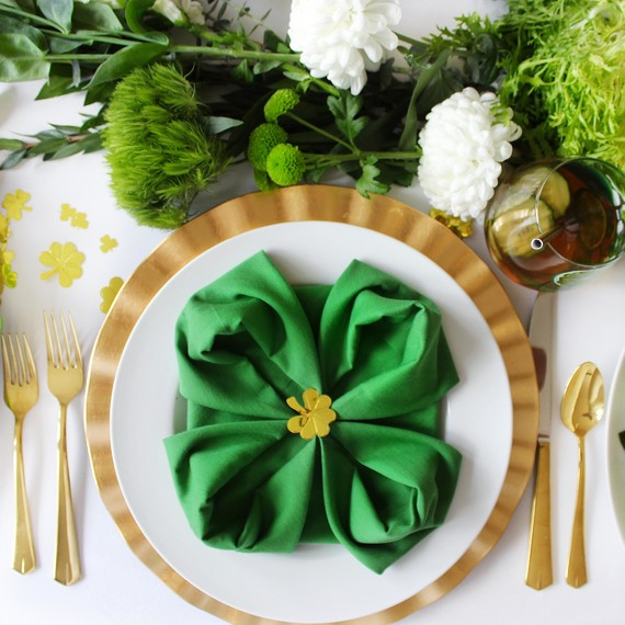 st. patrick's day healthy lunch place setting
