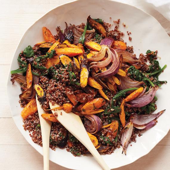 carrots-spinach-red-quinoa-130-d111399.jpg