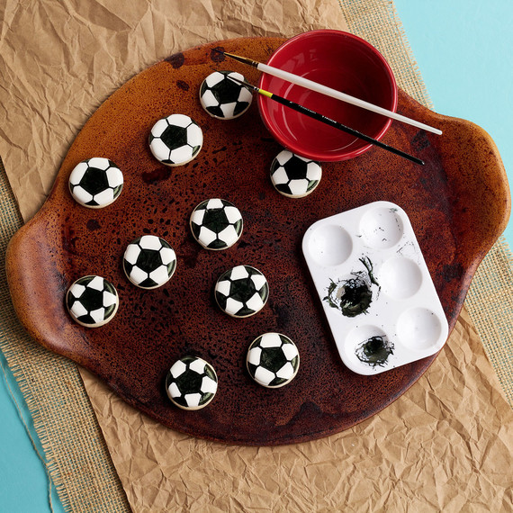 cupcakes--soccer-cupcakes--soccer-1015.jpg (skyword:196155)