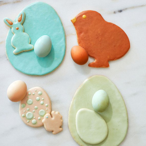 Martha's Favorite Method for Decorating Beautiful Easter Cookies