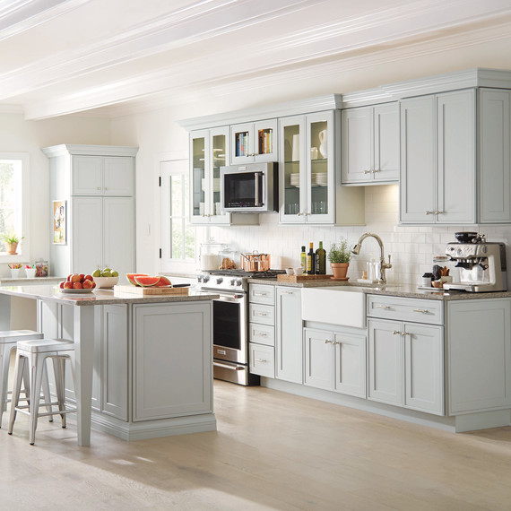 Pictures Of White Kitchens: These Martha-Approved Cabinets Will Make Your Kitchen More