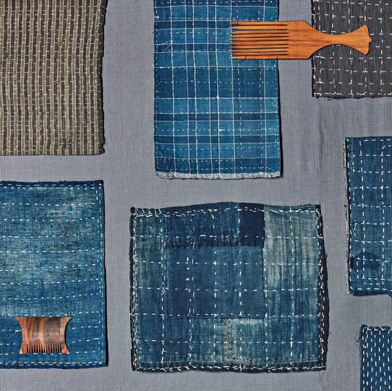 blue japanese cleaning cloths and weaving combs