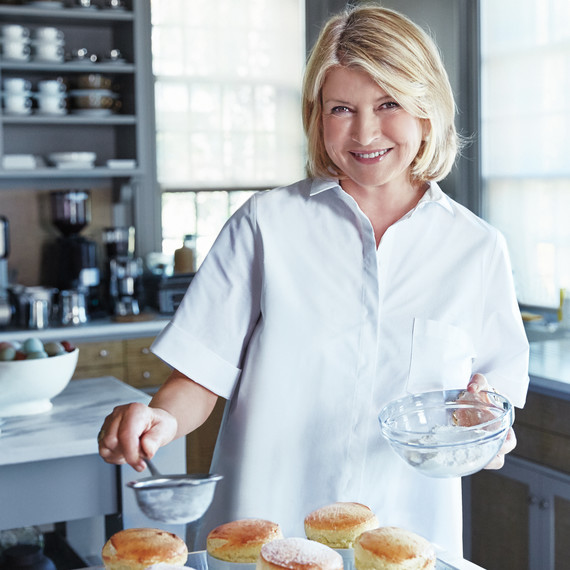 Martha is Hosting the Ultimate Holiday Cake Bake-Off