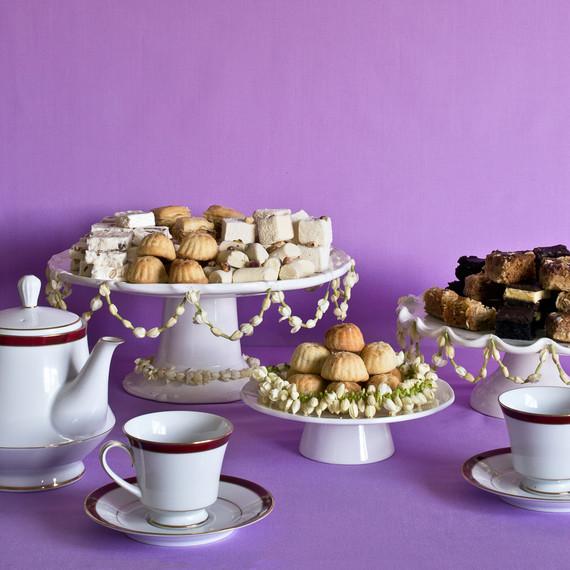 Best Table Eid Al-Fitr Decorations - ramadan-jasmine-table-decorations-0615_sq  Photograph_271346 .jpg?itok\u003dMcud1Afx