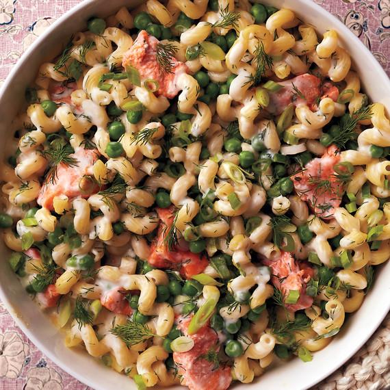 salmon-pea-pasta-casserole-069-d112355.jpg