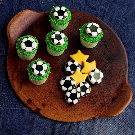 soccer-cupcakes--soccer--cupcakes-1015.jpg (skyword:196162)