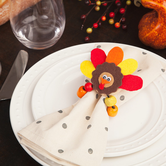 Thanksgiving Craft For Kids These Adorable Turkey Napkin Rings Just Might Upstage The Real Thing