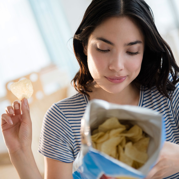 Unhealthy Snacking at Work Could Mean You're Eating an Extra 1,292 Calories Each Week