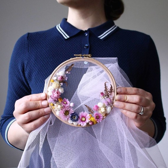 olga-prinku-floral-hoops-pink-veil-0717