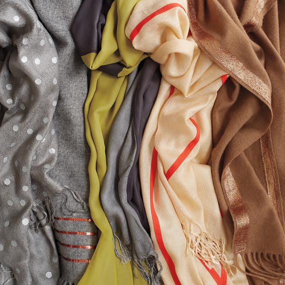scarves-opener2-038-mld110473-mld110473.jpg