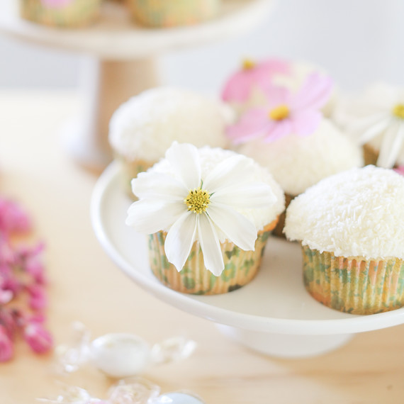 sugar and charm easter dessert bar cupcakes
