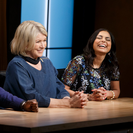 martha stewart sitting between two judges on set of chopped