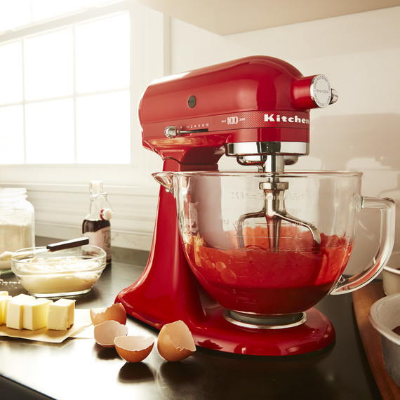 A Brief History of the Stand Mixer