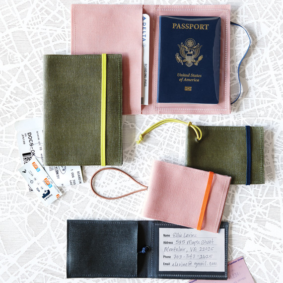 luggage-tags-passport-holder-023-d111051.jpg