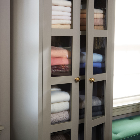 sweater cabinet