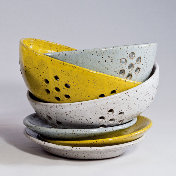 rachael pots berry holders