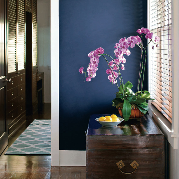 A New Study Names Navy Blue as the World's Most Relaxing Color