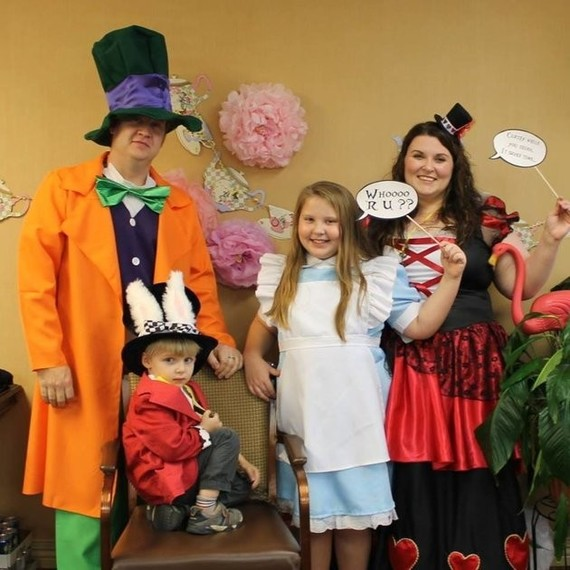 girl's Alice in Wonderland party