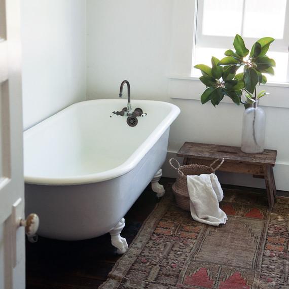 frances loom rug bathroom