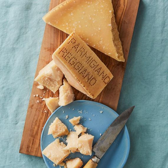 parmigiano reggiano cheese cut plate