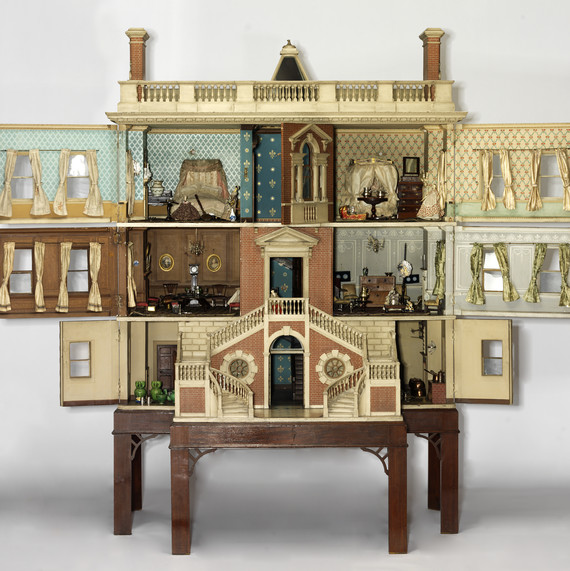 Tate Baby House antique dollhouse