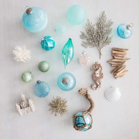 How To Decorate A Beach Themed Christmas Tree With