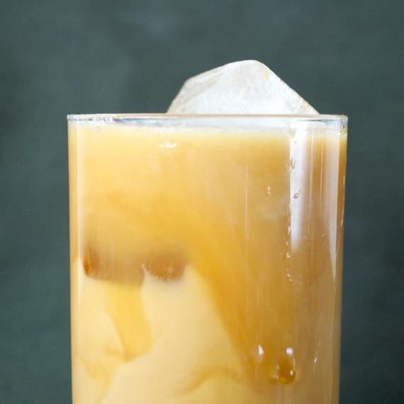 mason-shaker-cold-brew-cocktail-beauty-0314.jpg