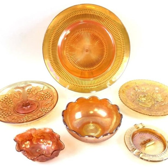 Smitty's Antiques Museum marigold glass