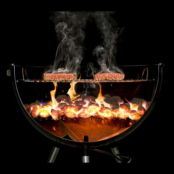 burgers-on-a-grill-modernist-cuisine-s111076.jpg