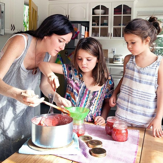 michaele simmering cooking with her daughters