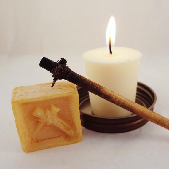 kistka-candle-psanky-gail-lambka-easter-post.jpg