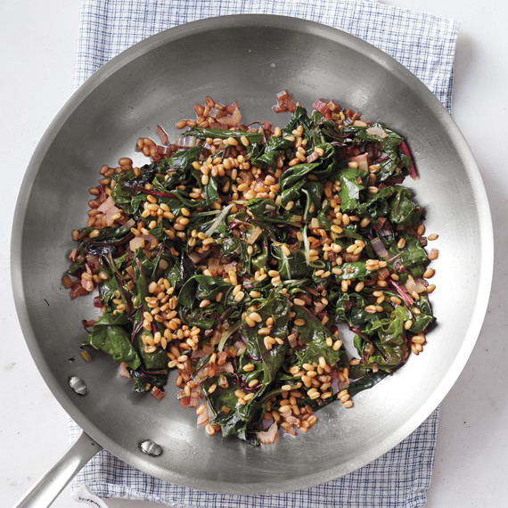 cooked-freekeh-sauteed-vegetables-287-d111399.jpg
